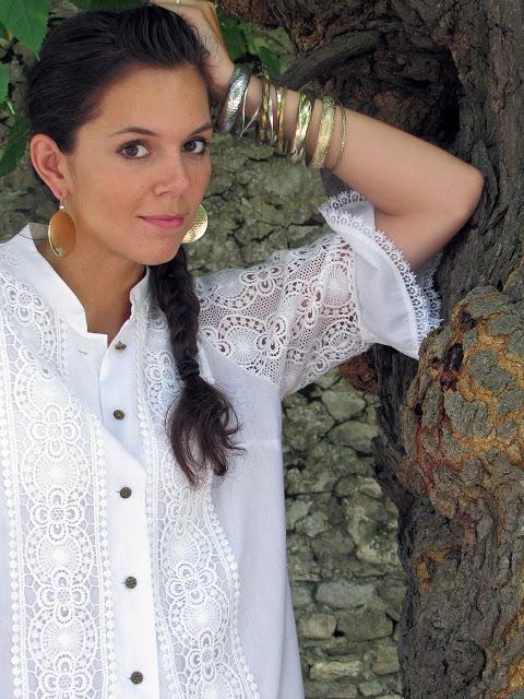 outfit con Ricami e nappine (1)