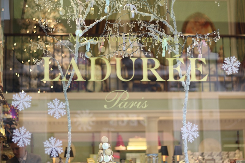 Christmas at laduree irene 39 s closet fashion blogger for Laduree christmas