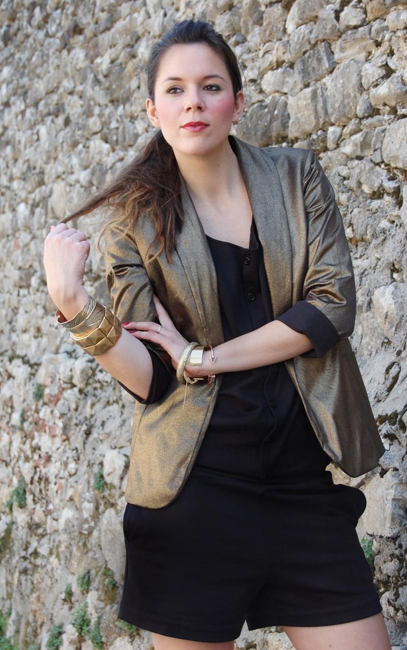 giacca+oro+tutina+nera+(3)-2