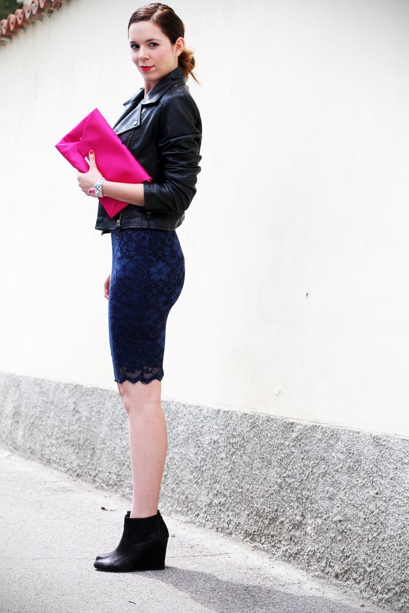 casual chic | outfit | look | streetstyle | look casual | outfit casual | swarovski | vestito pizzo | tubino di pizzo | stivaletti  2