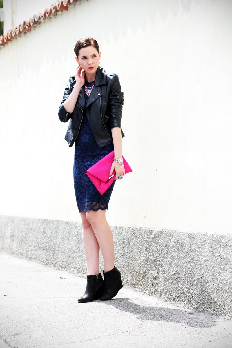 casual chic | outfit | look | streetstyle | look casual | outfit casual | swarovski | vestito pizzo | tubino di pizzo | stivaletti 1