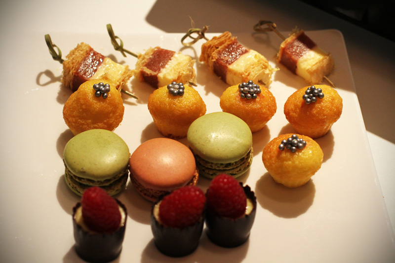 aperitivo | happy hour | aperitivo fashion | break | macarons
