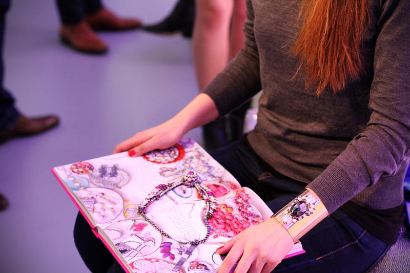libro gioielli | libro carino | libro rosa