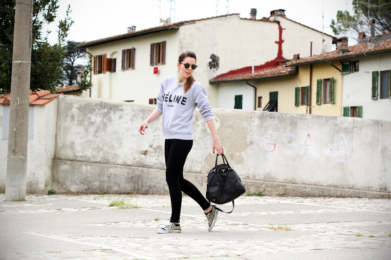 celine | feline | felpa cool | rayban | converse borchie | borsa prada | outfit | look | streetstyle | fashion blog | fashion blogger | irene colzi 3