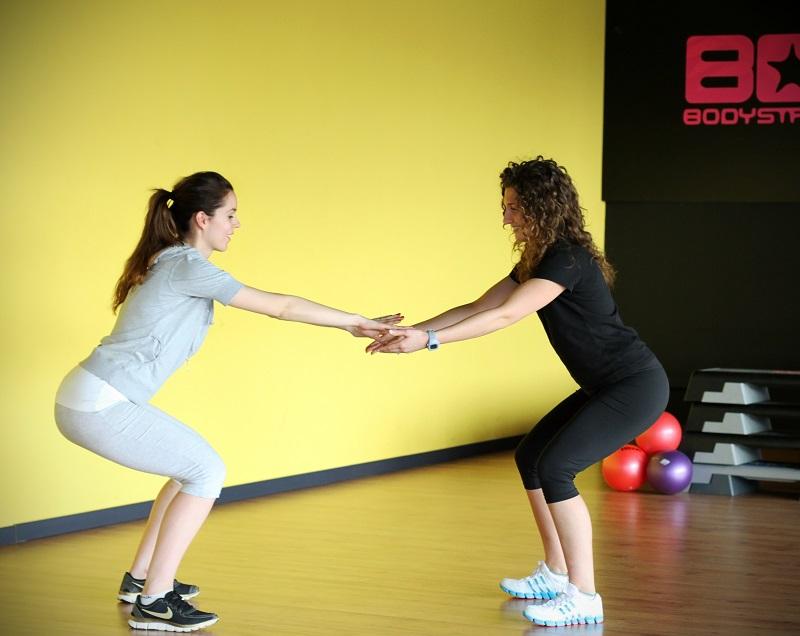 squat | rassodare i glutei | esercizi per i glutei | fitness | palestra | esercizi per corpo perfetto | rassodare per l'estate 2