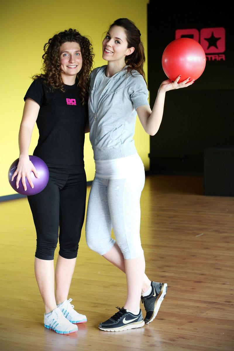 fitspo | ragazze in palestra | rassodare i glutei | donne muscoli | donne fitness | corpo perfetto per l'estate | allenamento in palestra