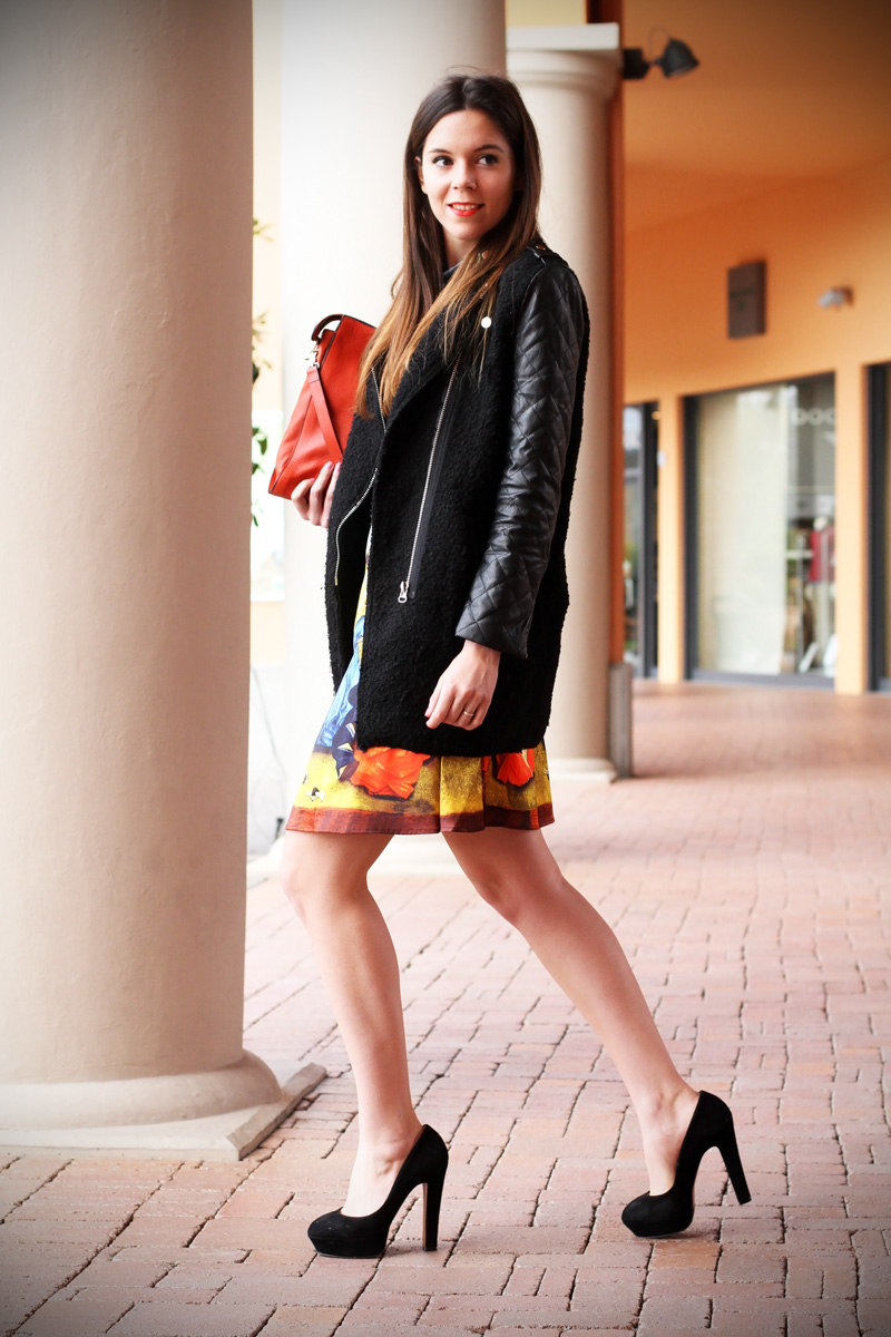 gonna a vita alta stampa dipinto quadro fashion blogger irene colzi irene closet borsa arancione coccinelle decollete tacco alto (2)