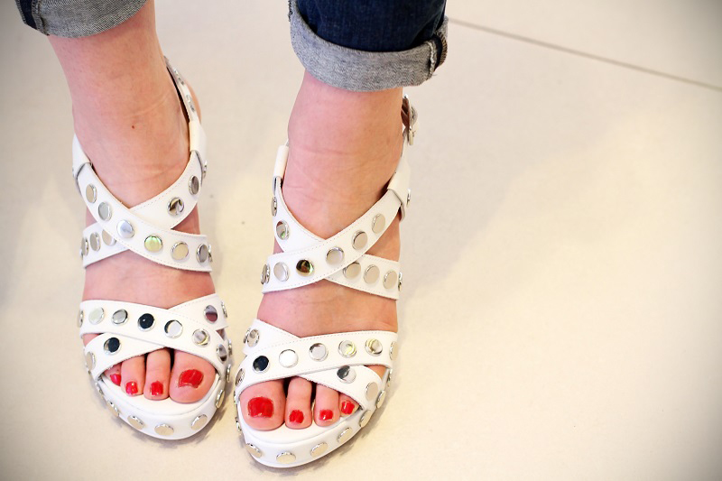scarpe con lacci | scarpe | scarpe geox | negozio milano | milano | shopping milano | scarpe borchiate | decollete | zeppe | scarpe con il tacco | ossessione scarpe