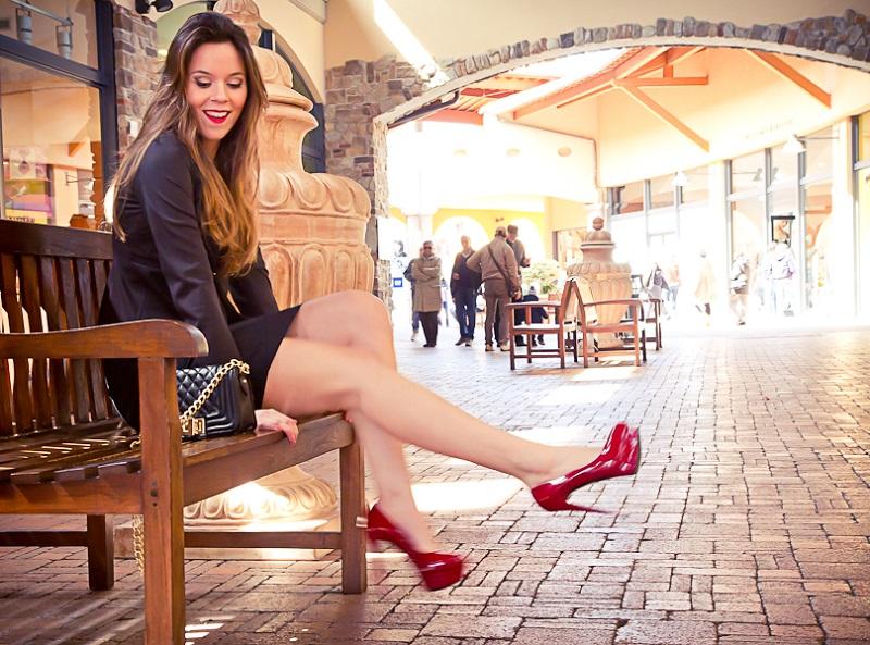 pin up| tubino nero| scarpe rosse| chanel boy| fashion report | irene colzi | irene closet | fashion blogger italia