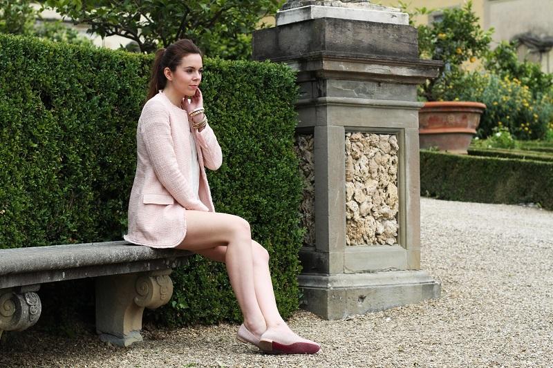 villa medicea | villa castello | irene colzi | irene closet | fashion blog | rosa pastello | rosa baby | slippers uno8uno | slippers | spolverino rosa | cappotto rosa | swarovski | fix design | borsa fixdesign
