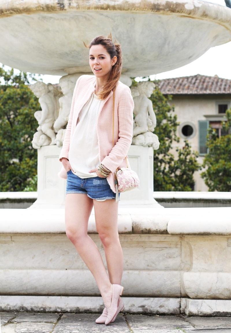 villa medicea | villa castello | irene colzi | irene closet | fashion blog | fontana rinascimentale | rosa pastello | rosa baby | slippers uno8uno | slippers | spolverino rosa | cappotto rosa | swarovski | fix design | borsa fixdesign 6