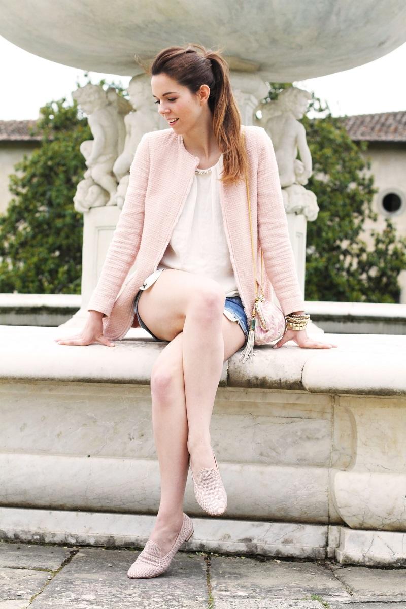 villa medicea | villa castello | irene colzi | irene closet | fashion blog | fontana rinascimentale | rosa pastello | rosa baby | slippers uno8uno | slippers | spolverino rosa | cappotto rosa | swarovski | fix design | borsa fixdesign 5