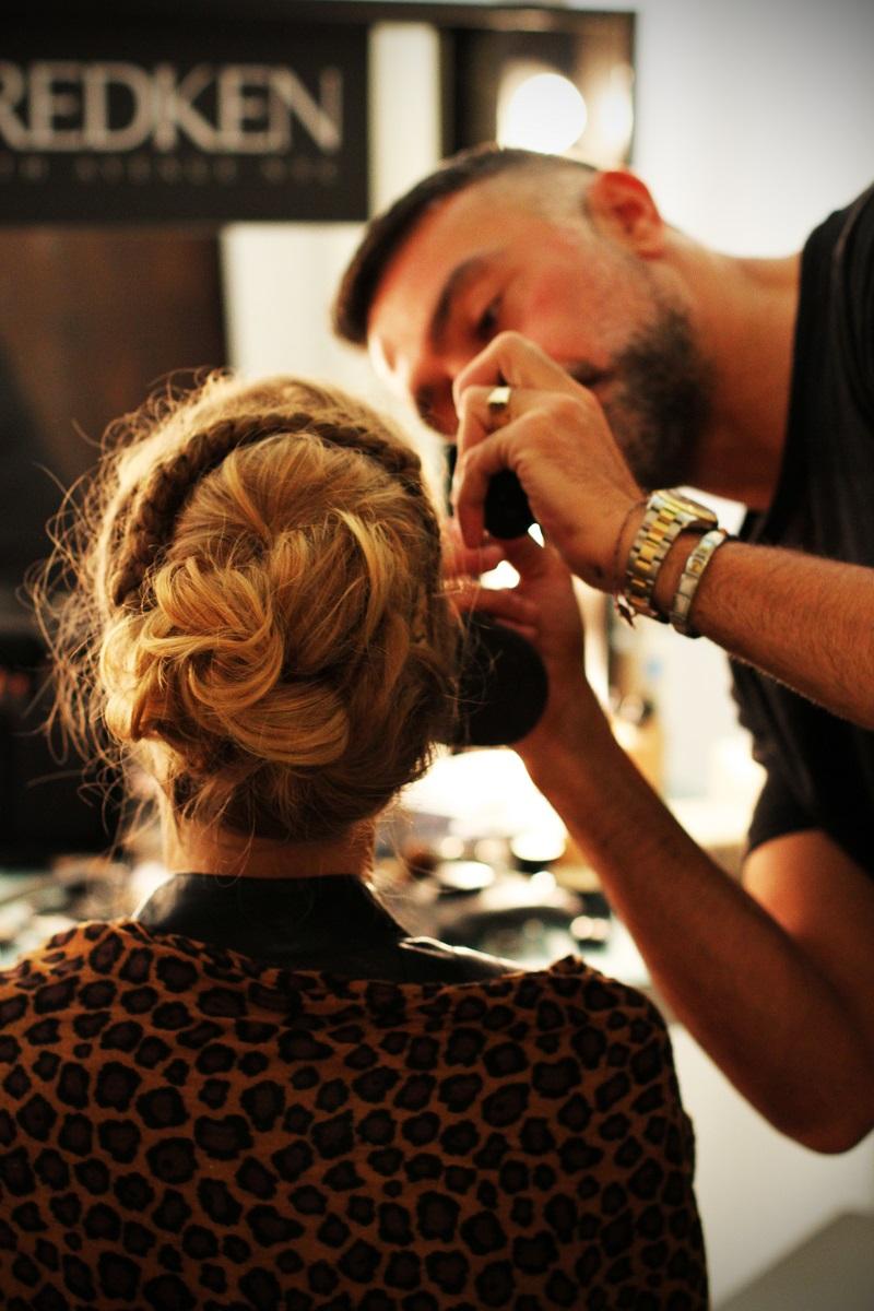 modella | acconciatura | capelli | capelli raccolti | raccolto 1