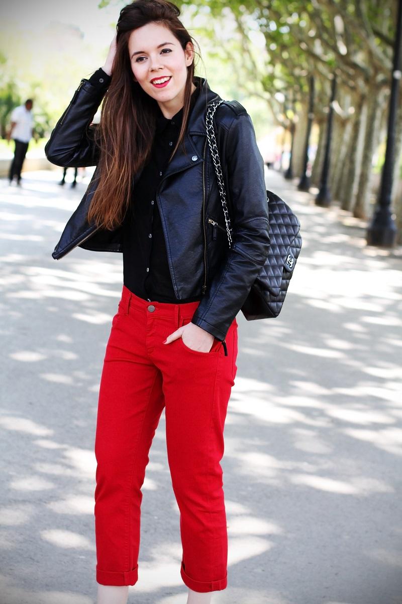 boyfriend jeans | boyfriend denim | chanel | borsa chanel | rossetto rosso | capelli lisci | capelli castani | outfit | look | fashion blogger | sandali gioiello | scarpe aldo  1