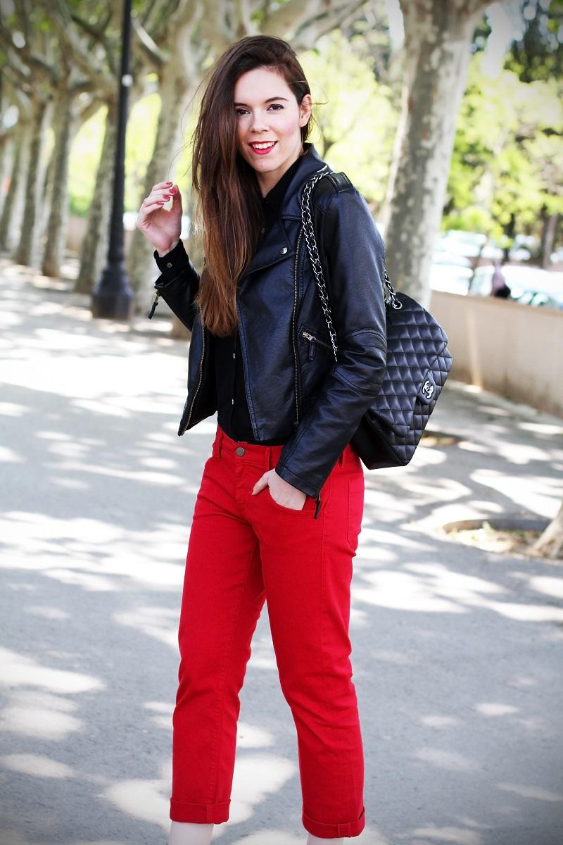 boyfriend jeans | boyfriend denim | chanel | borsa chanel | rossetto rosso | capelli lisci | capelli castani | outfit | look | fashion blogger