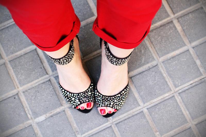 sandali gioiello | scarpe aldo | scarpe gioiello | swarovkski | piedi | unghie rosse | sandali preziosi | scarpe preziose