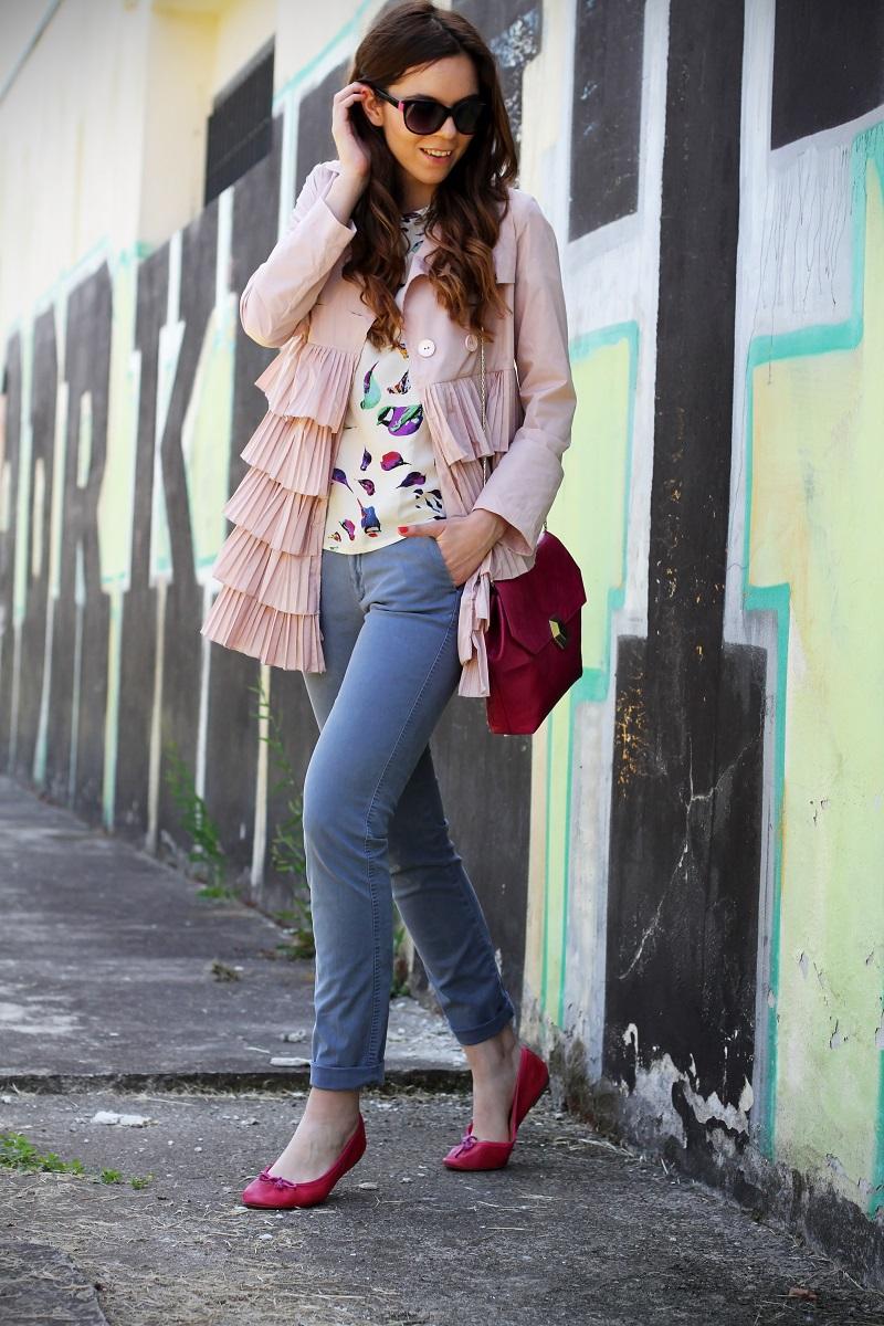 trench rosa | occhiali da sole | occhiali da sole sting | outfit | look | ballerine rosa | borsa bulgari | borsa bvlgari | fashion blog | fashion blogger | fashion blogger italia 3