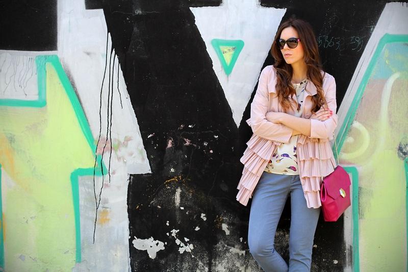 trench rosa | occhiali da sole | occhiali da sole sting | outfit | look | borsa bulgari | borsa bvlgari | fashion blog | fashion blogger | fashion blogger italia