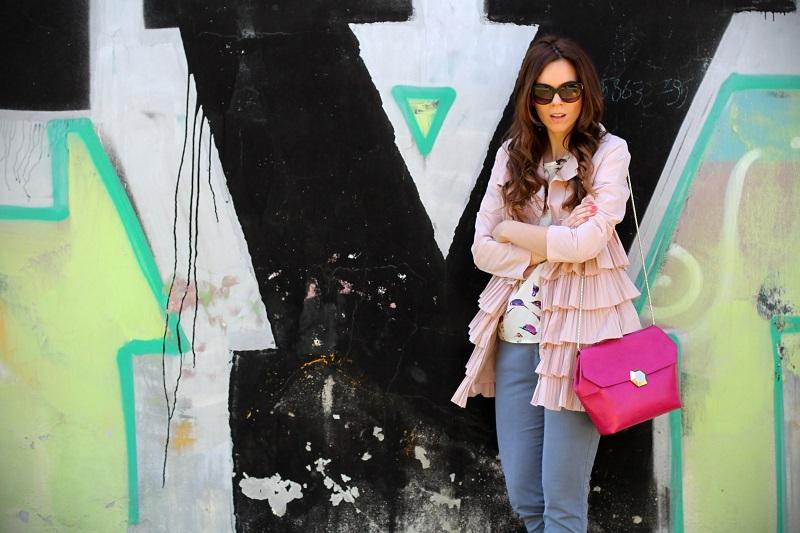 trench rosa | occhiali da sole | occhiali da sole sting | outfit | look | borsa bulgari | borsa bvlgari | fashion blog | fashion blogger | fashion blogger italia 1