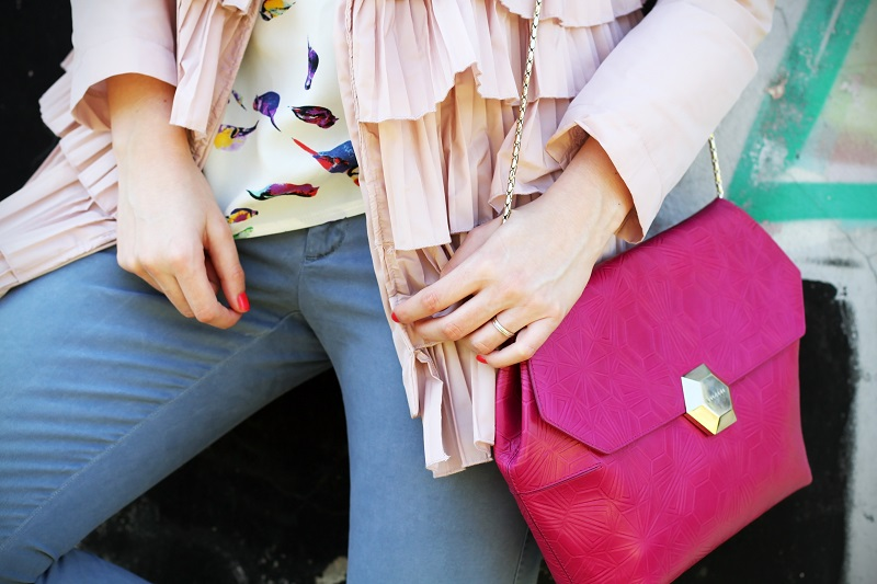 dettagli | fashion details | borsa bulgari | borsa bvlgari | borsa fucsia