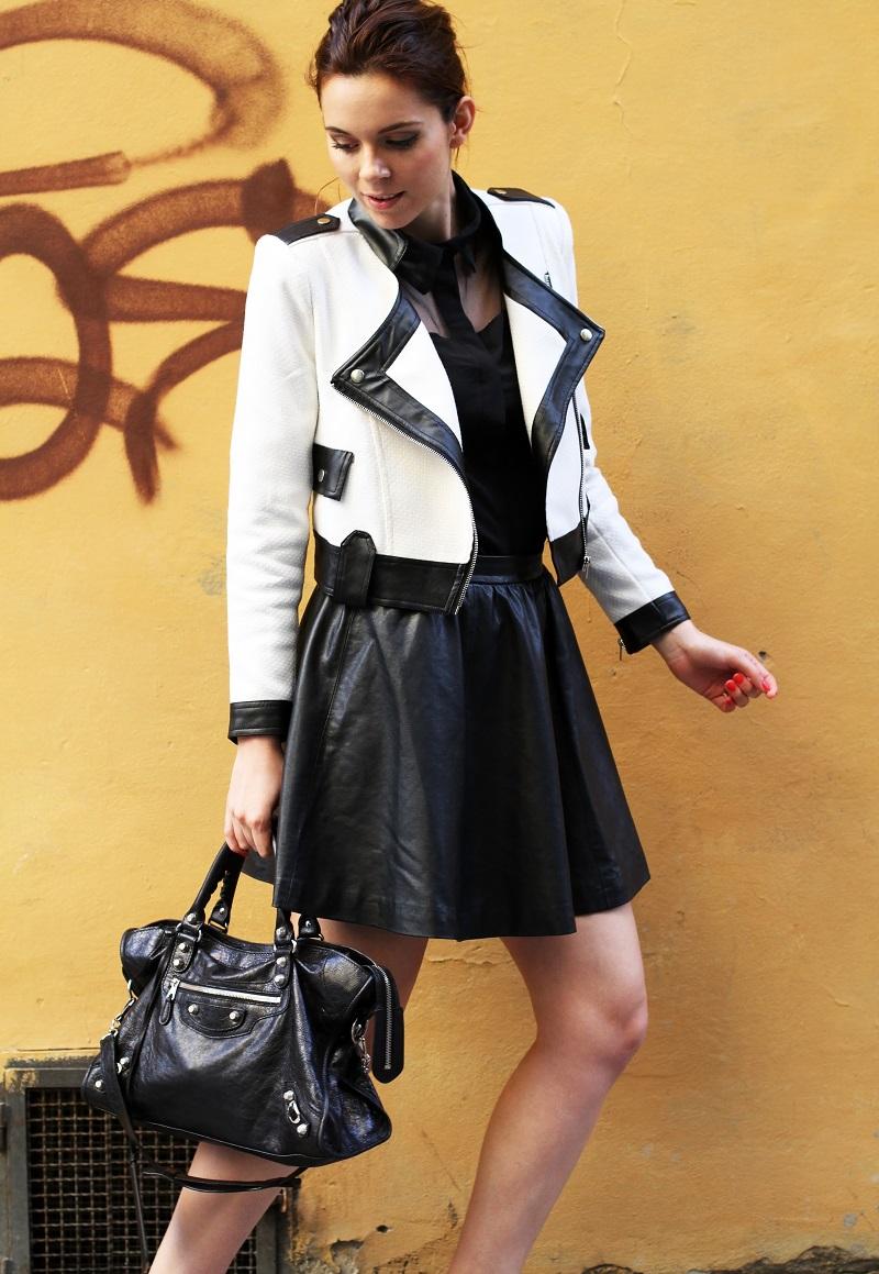 coda di cavallo | coda alta | giacca bianca | giacca bianca e nera | gonna pelle | balenciaga | borsa balenciaga | fashion blog | fashion blogger | outfit | look | streetstyle | irene colzi | irene closet 1