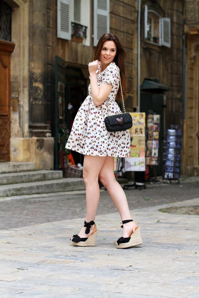 redsoul | aix-en-provence | moschino | borsa moschino | scarpe zeppa corda | lolita | fashion blogger | outfit | look | moda | vestito mare | vestito campagnolo | evento bloggers | evento redsoul | irene closet | irene colzi