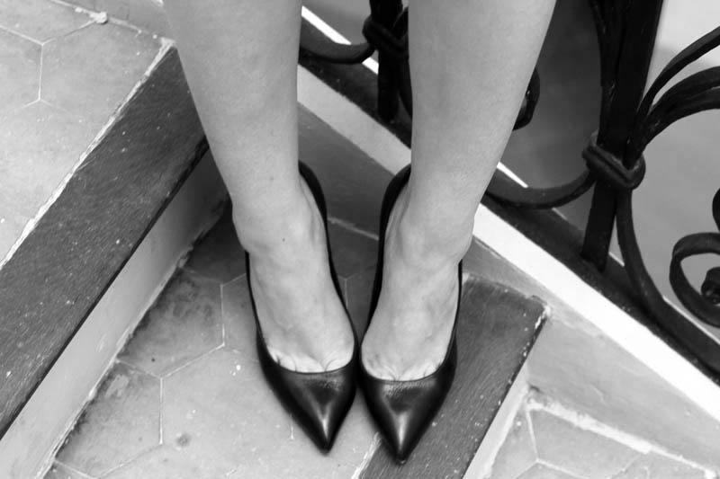 decollete punta | piedi | decollete pelle | decollete | gambe