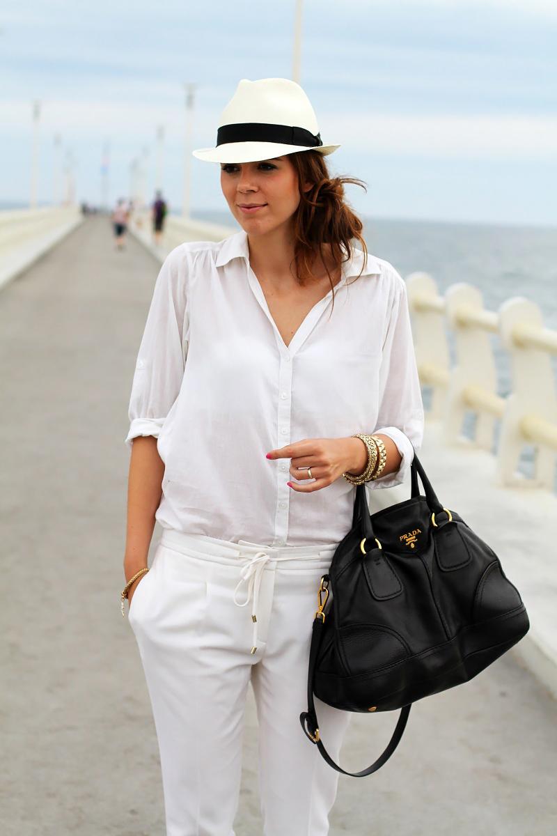forte dei marmi | camicia bianca | borsalino | cappello borsalino | pantaloni bianchi | borsa prada | pontile | versilia | estate 2013 | vacanze estate | estate | fashion blog | fashion blogger | outfit estate | look estate | fashion | moda | outfit | look