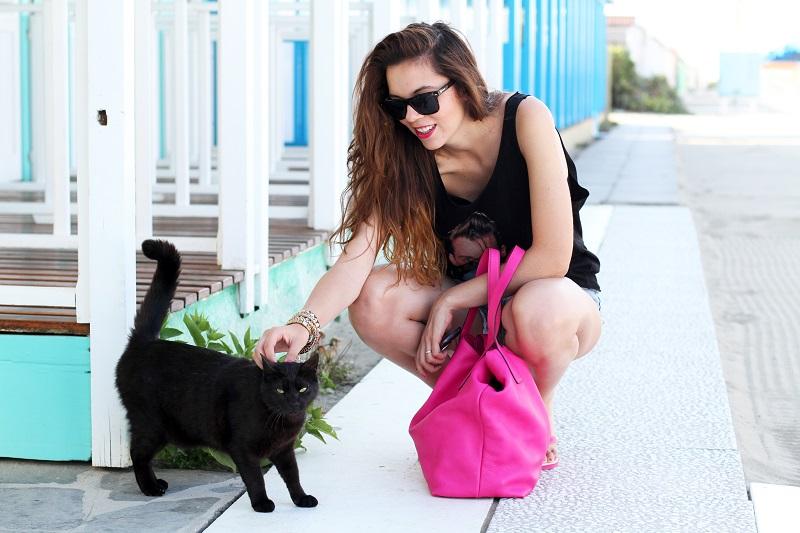 gatto nero | ragazza con gatto nero