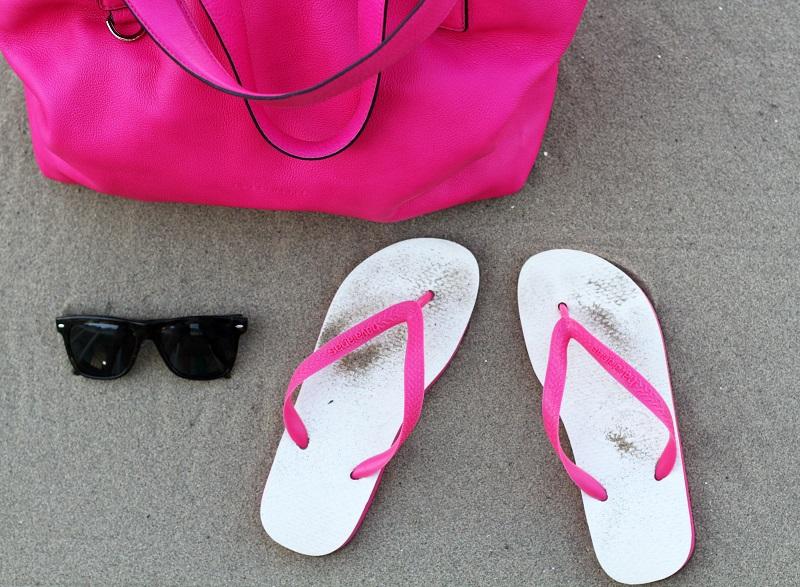 infradito | sandali mare | infradito mare | solare | occhiali da sole | borchie | estate | mare 1