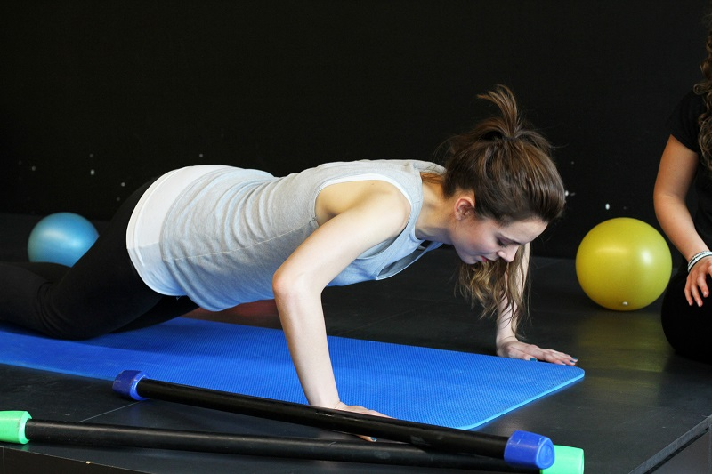 esercizi seno   rassodare seno   seno perfetto   fitness   palestra