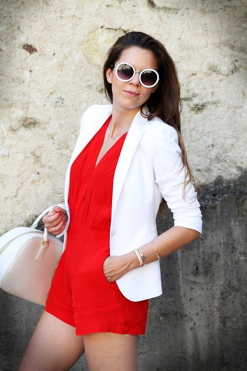 tuta | tutina | blazer | blazer bianco | giacca bianca | occhiali da sole rotondi | occhiali da sole | prada | borsa prada | borsa bianca | moda | fashion | fashion blogger | streetstyle | outfit | look 4