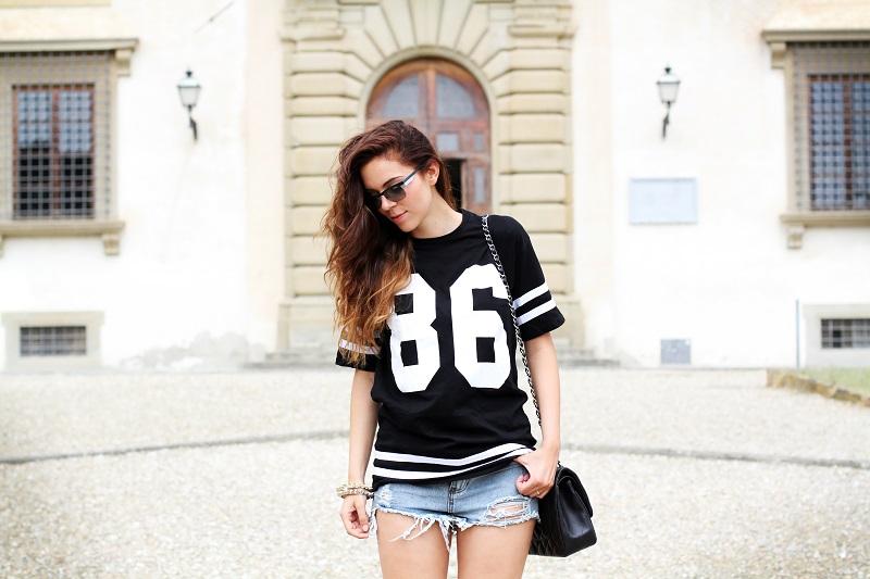 hanel bag | nuovi capelli | maglia con numero | shorts jeans |  vogue eyewear | luxottica | outfit | look | irene colzi | irene closet