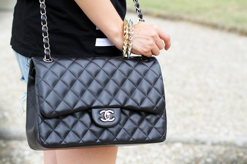 fashion details | fashion | moda | chanel bag | chanel | shorts