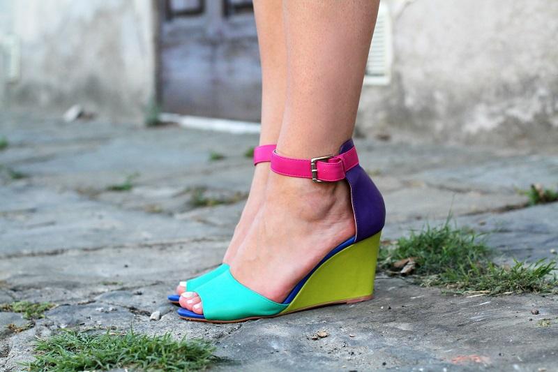 sandali cinturino caviglia