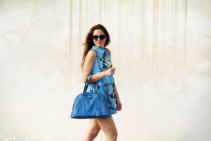 idee outfit | vestito celeste | occhiali da sole moda | borsa ysl | fashion blogger | fashion | moda | streetstyle | look | outfit 2