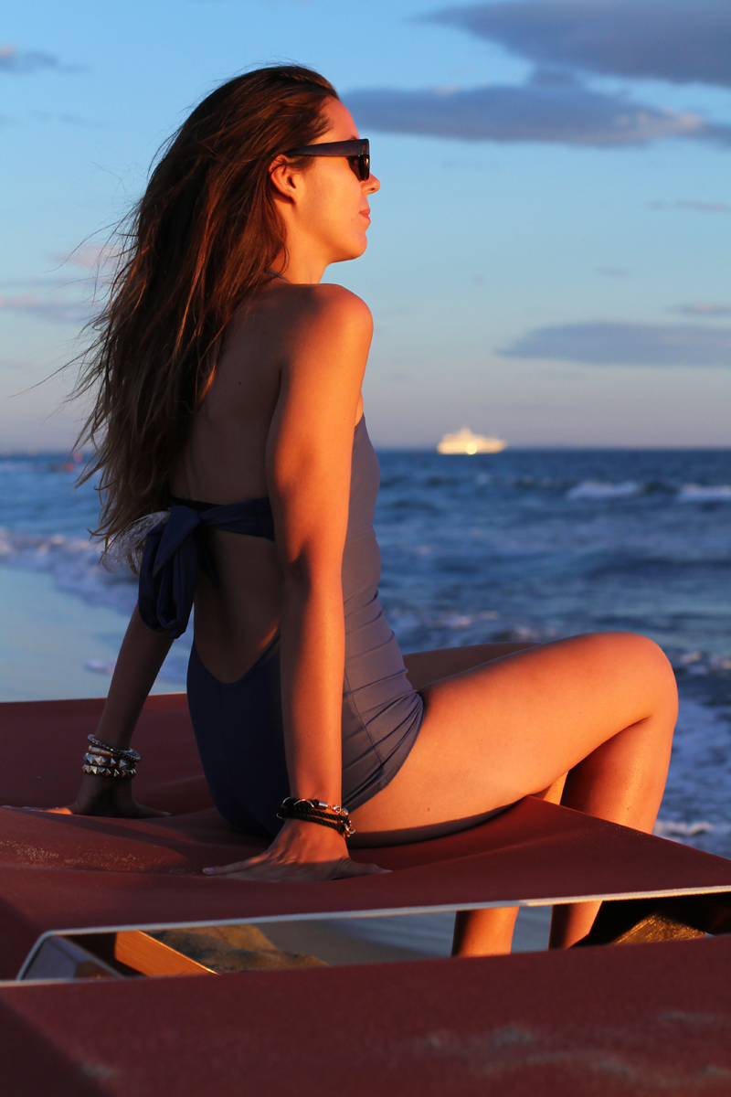 Costume da bagno | costume intero | fashion blogger  bikini | bikini irene colzi | occhiali da sole lenti specchio 6