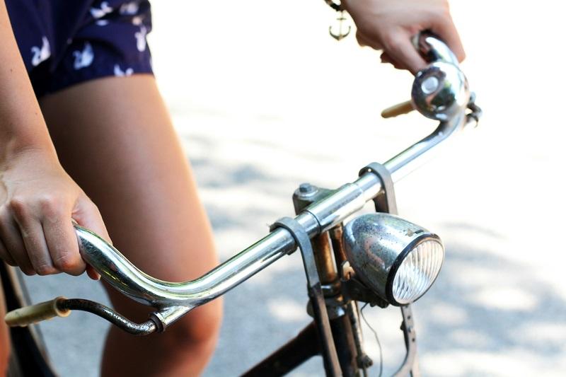 bicicletta graziella | ragazza bicicletta