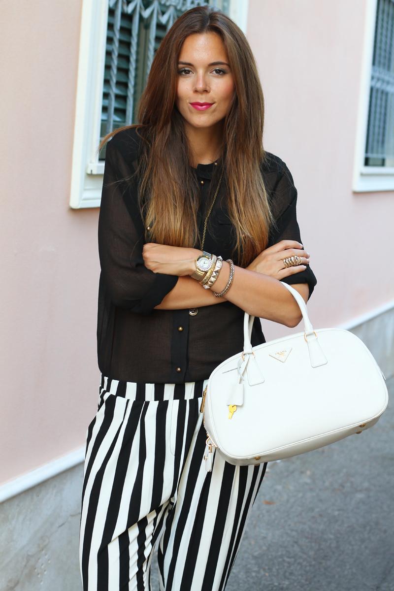 outfit estate 2013 | pantaloni a righe bianche e nere | pantaloni a righe | camicia nera