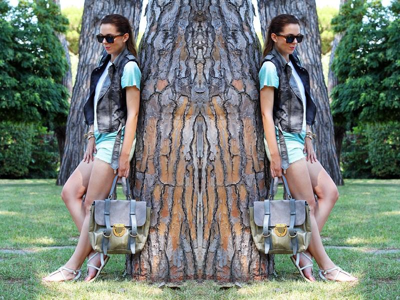 look casual | shorts verdi | gilet denim | occhiali da sole specchio | borsa su-shi bag 5
