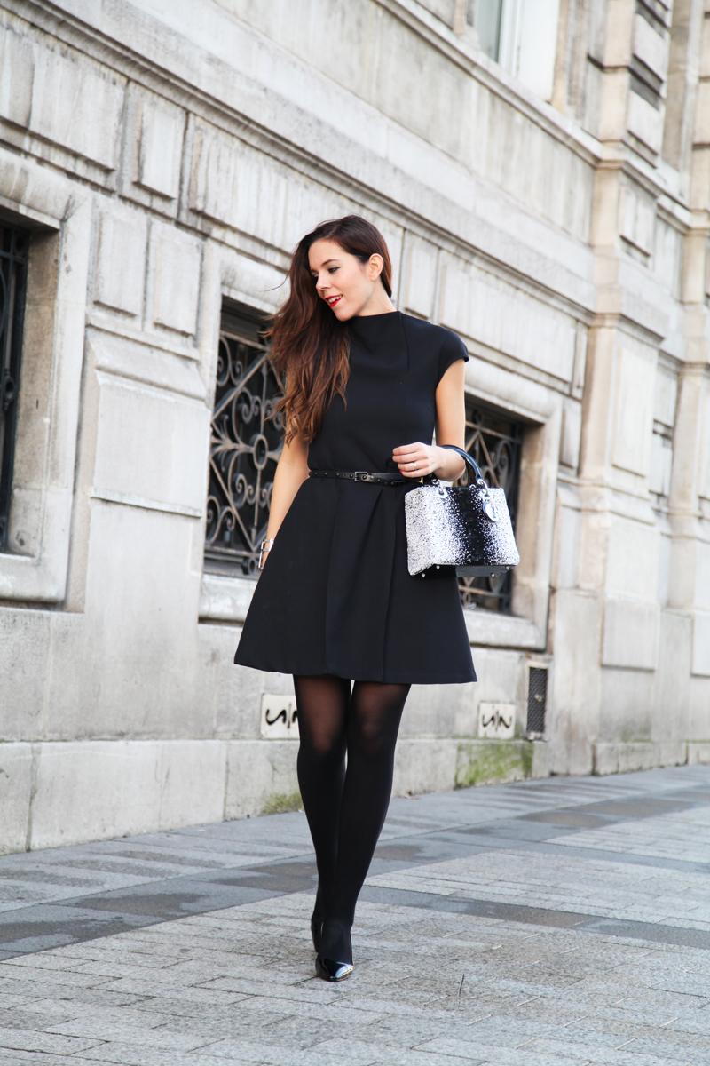 outfit elegante vestitino nero borsa dior