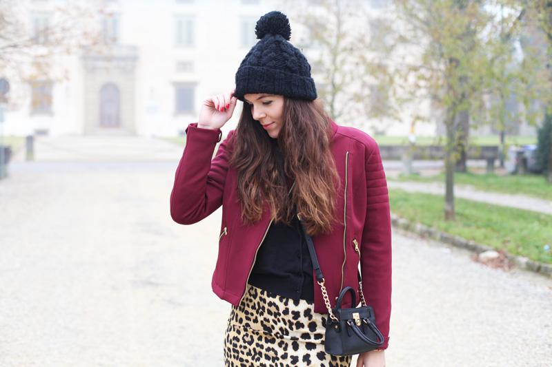 cappello lana con pon pon