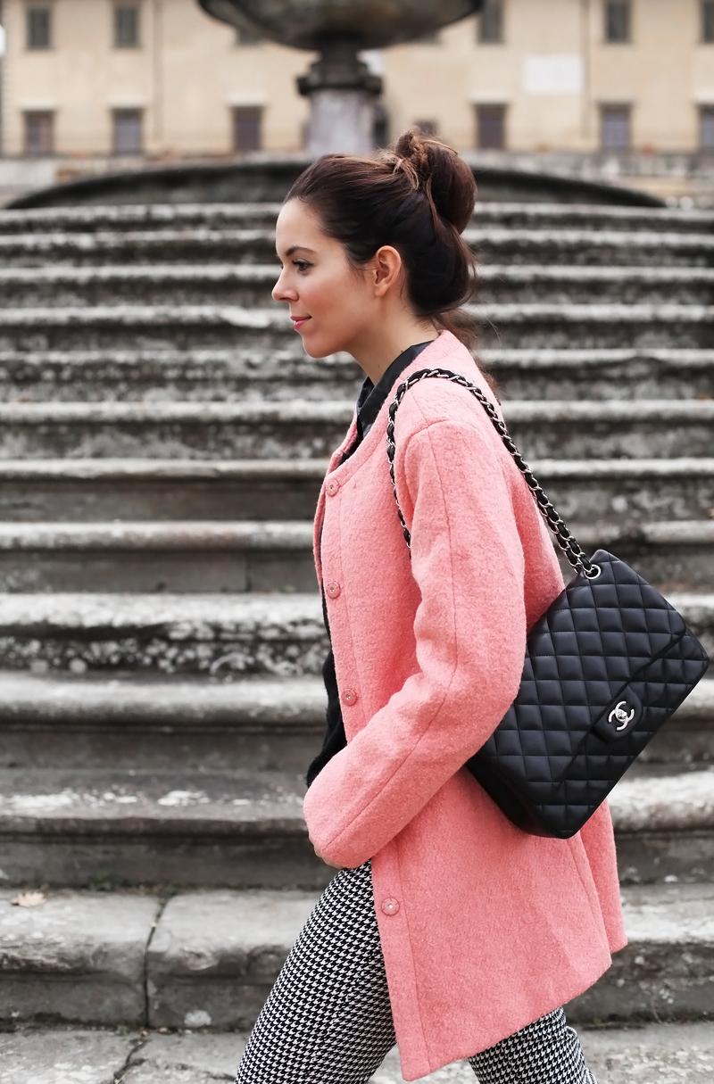 cappotto rosa pantaloni pied de poule