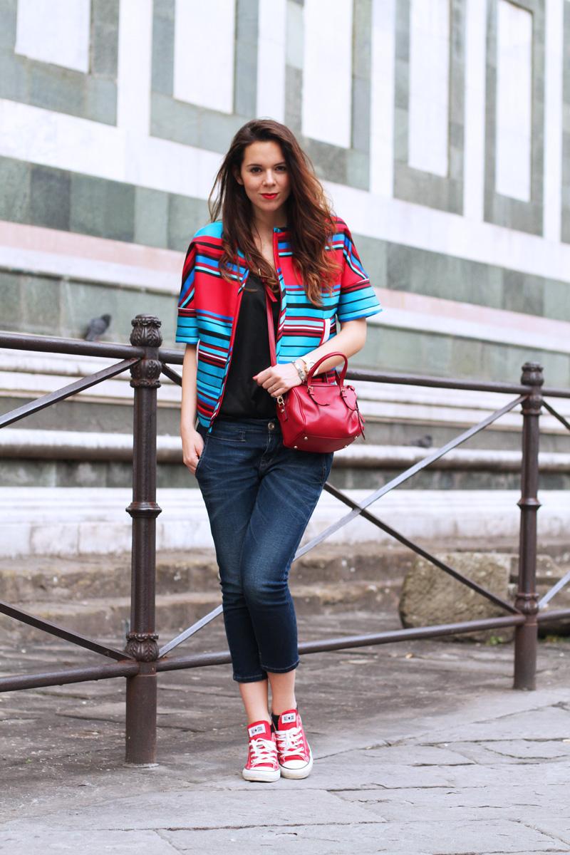 giacca a righe | giacca parosh | converse rosse