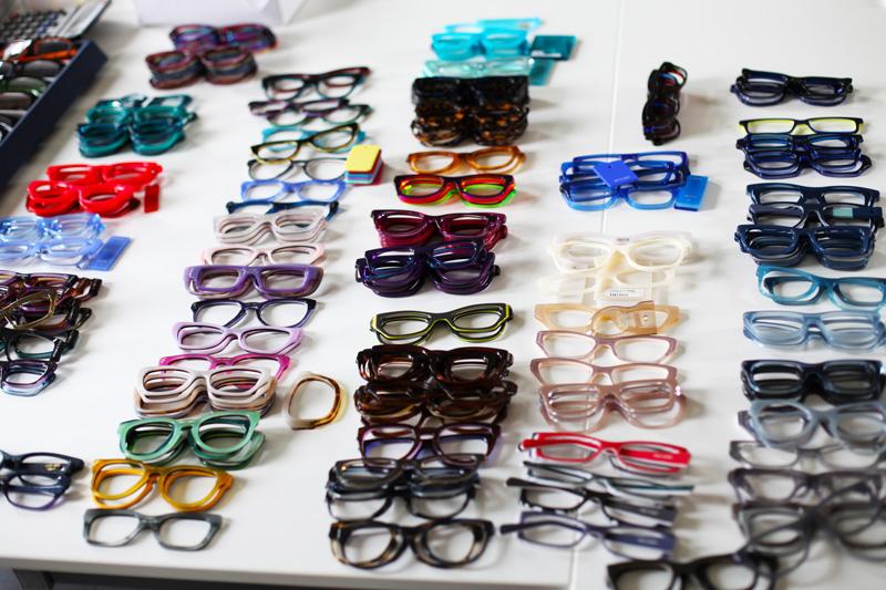 spedizione gratuita 0147f 6c43b NAU! occhiali: una giornata in azienda insieme a Monica!