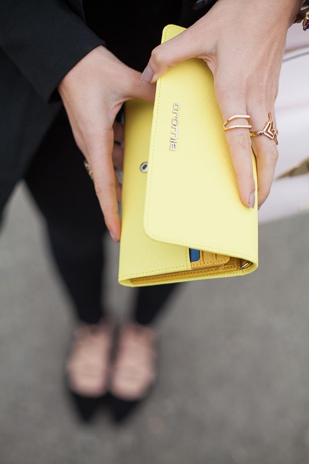 portafoglio giallo