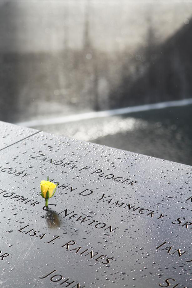 memorial 11 09 (4)