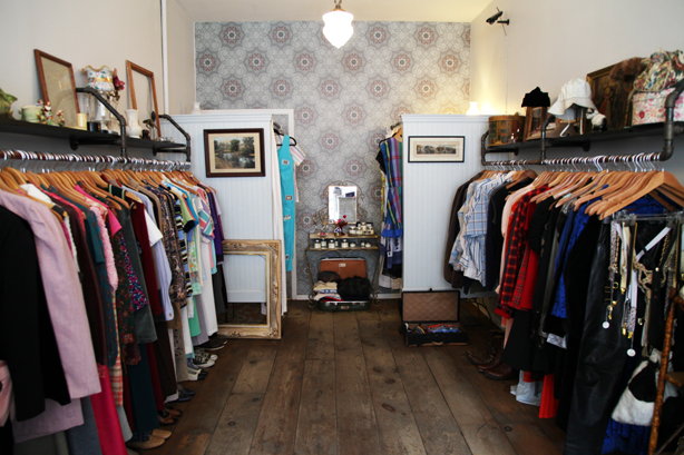 shop vintage in williamsburg (2)