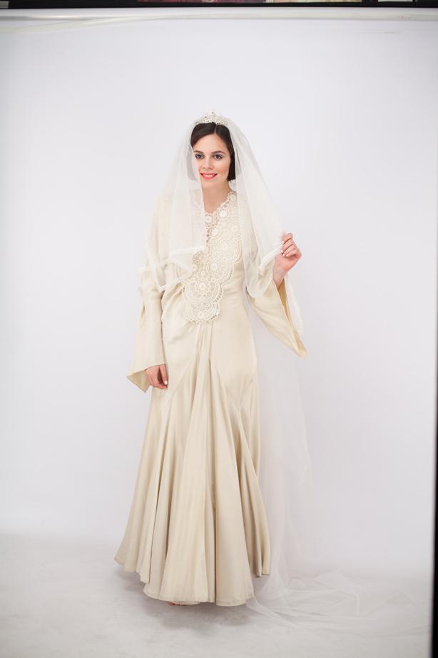 vestito bianco film adaline