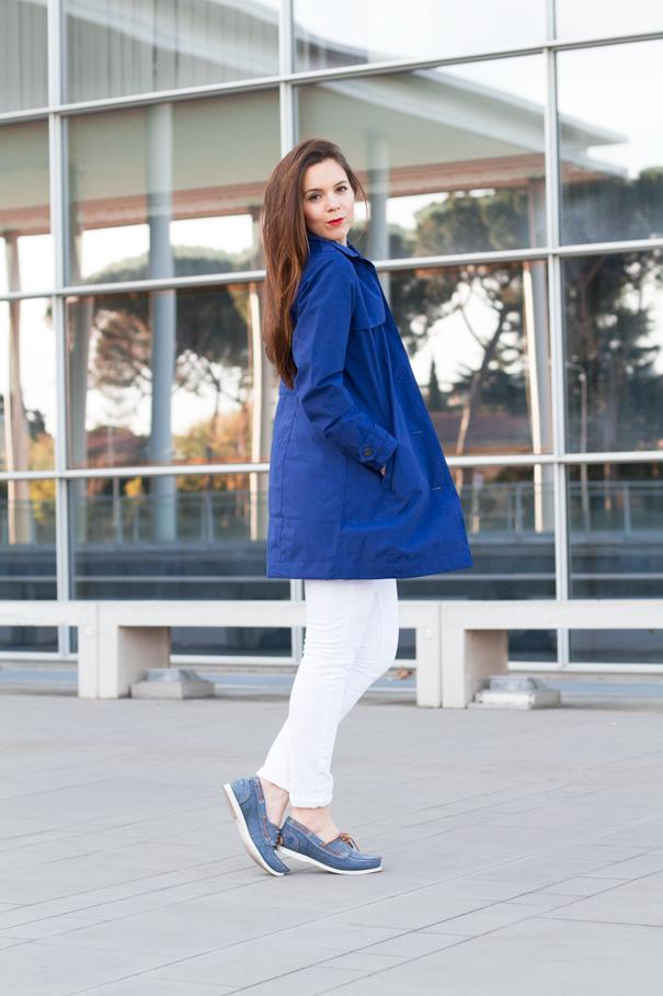 Come indossare il blu